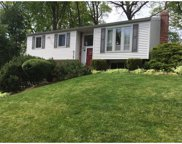 512 Mohican, McCandless image