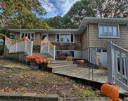 131 Breeze Ave, Ronkonkoma image