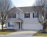 13915 Boulder Canyon  Drive, Fishers image