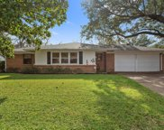 3545 Wedgway Drive, Fort Worth image