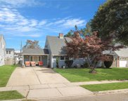 35 Bayberry  Lane, Levittown image