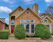 2915 S Bend Drive, Dallas image