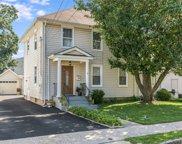 8 Elm  Street, Roslyn Heights image