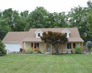 9861 Oakleaf  Way, Fishers image