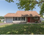 123 Queen Lily Road, Levittown image