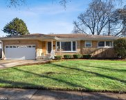 221 South Forrest Avenue, Arlington Heights image