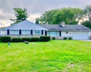 2286 Demorest Road, Grove City image