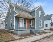 323 Robey Place Se, Grand Rapids image