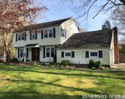 20 Fairway Dr, Middle Island image