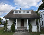 81 Bay Ave, Patchogue image