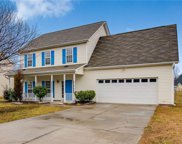 2313 Glen Cove Way, High Point image