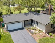 450 Forestway Drive, Buffalo Grove image