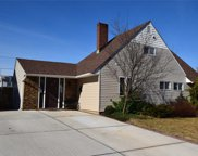 466 Sand Hill, Wantagh image