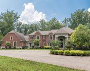 8925 Whisperinghill  Drive, Indian Hill image
