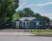 910 Westmount Avenue, Dallas image