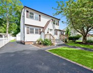 20 Rita  Place, Copiague image