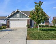 5576 Woodhaven  Drive, Mccordsville image
