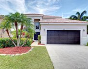 1040 Briar Ridge Rd, Weston image