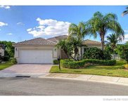 4122 Pinewood Ln, Weston image