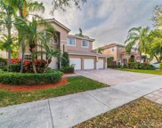 6862 Nw 111th Ave, Doral image