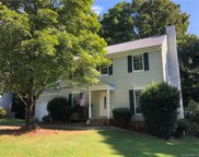 8303  Houndstooth Drive, Charlotte image