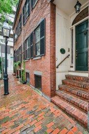 18 Shawmut St, Boston image