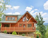 1714 Summit View Way, Sevierville image