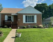 633 Chicago Avenue, Downers Grove image