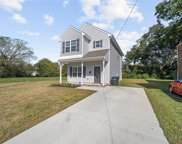 812 2nd Avenue, Central Suffolk image