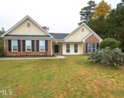 435 Crested View Dr, Loganville image