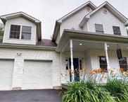 5 Westview  Terrace, Woodridge image