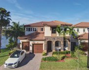 9943 Nw 87th Ter, Doral image