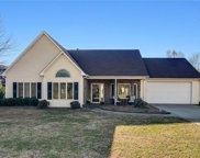 6020 Woods Edge Lane, Kernersville image
