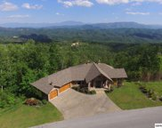 2941 Smoky Bluff Tr, Sevierville image