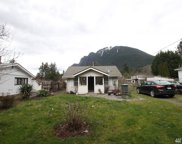 1330 E North Bend Wy, North Bend image