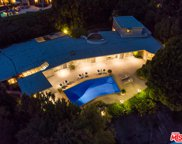 1111  Shadow Hill Way, Beverly Hills image