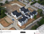 130 Garden Court W, Arlington image