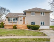 2686 Fisher Ln, Bellmore image