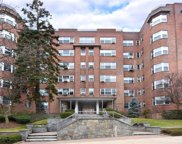 235 Garth  Road Unit #B6C, Scarsdale image