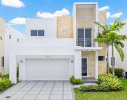 10320 Nw 68th St, Doral image