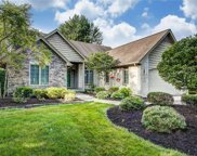 8125 English Garden, Maumee image