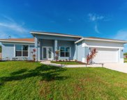 2002 SE Buttonwood Drive, Port Saint Lucie image