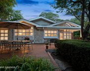 216 Lockerbie Lane, Wilmette image