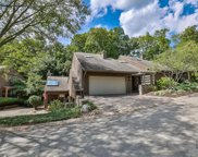 25 Spring Hill Drive, Mariemont image