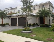 10523 Nw 70th Lane, Doral image