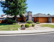290 Wintergreen Dr, Brentwood image