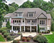 132 Great Point  Drive, Mooresville image