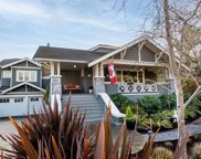 2083 Windsor  Rd, Oak Bay image