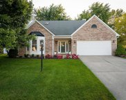 8558 Knoll  Crossing, Fishers image