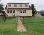 41 Spruce  Road, N. Amityville image